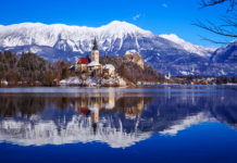 Озеро Блед, Словения, замок Блед, церковь Святого Мартина