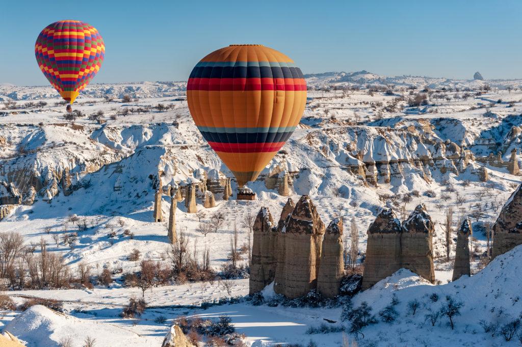 Полет на воздушном шаре над скалами Каппадокии