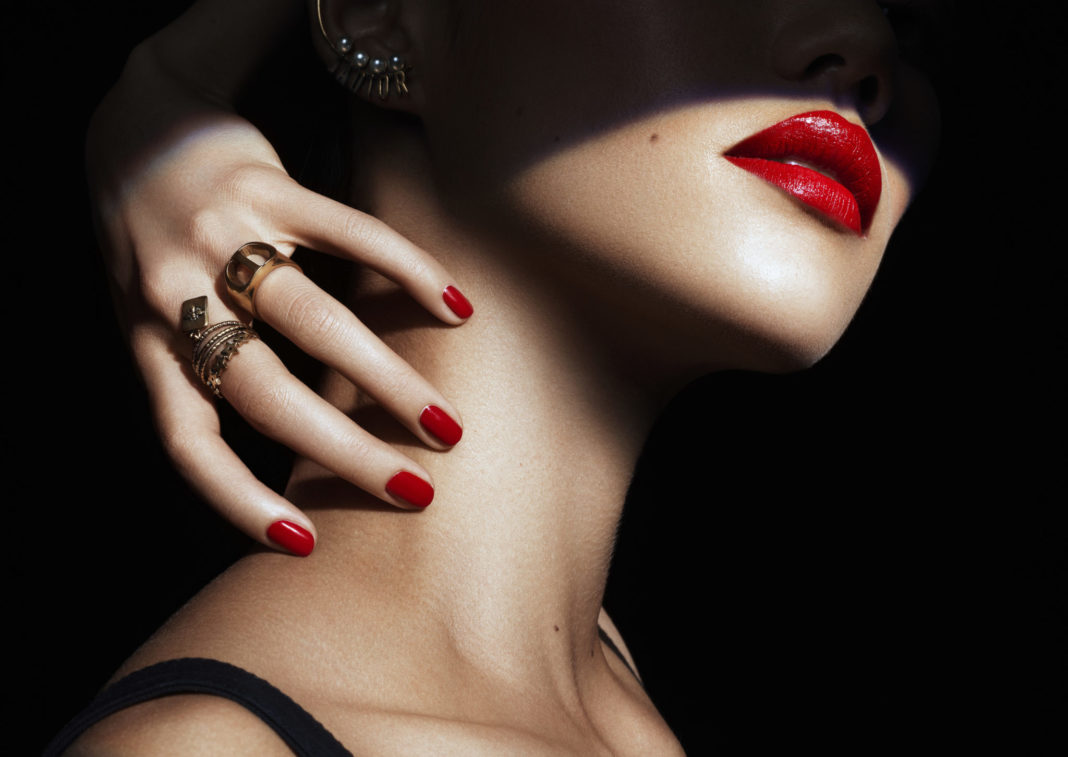 модный макияж на Хэллоуин 2020 от Dior