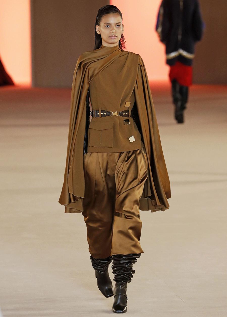сапоги с широким голенищем со сборками гармошкой замшевые серые модные осень зима 2020 2021