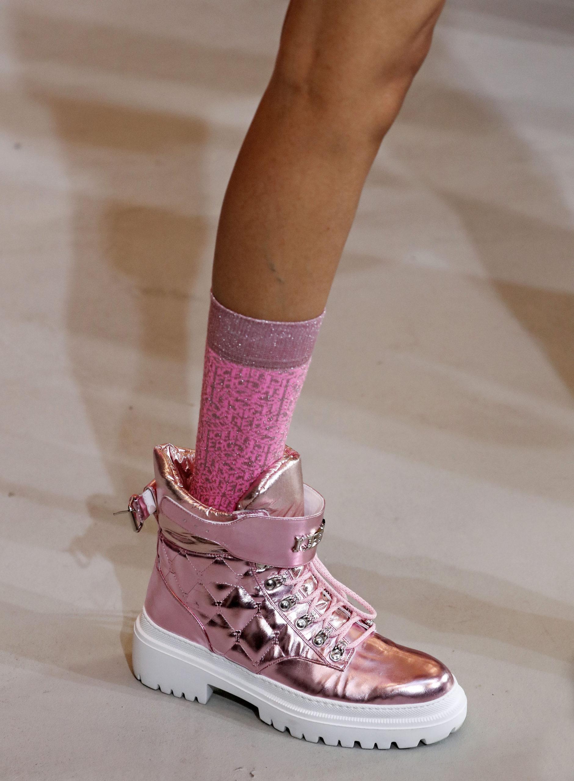 ботинки розовые металлик блестящие модные осень зима 2020 2021