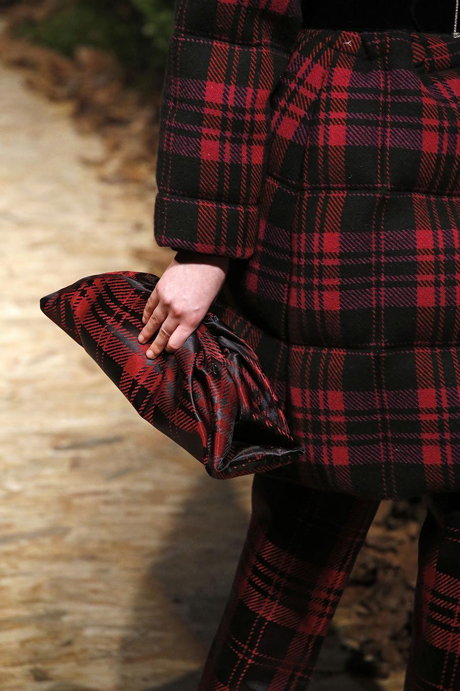 модная сумка мягкий большой клатч осень зима 2020 2021 красная клетка