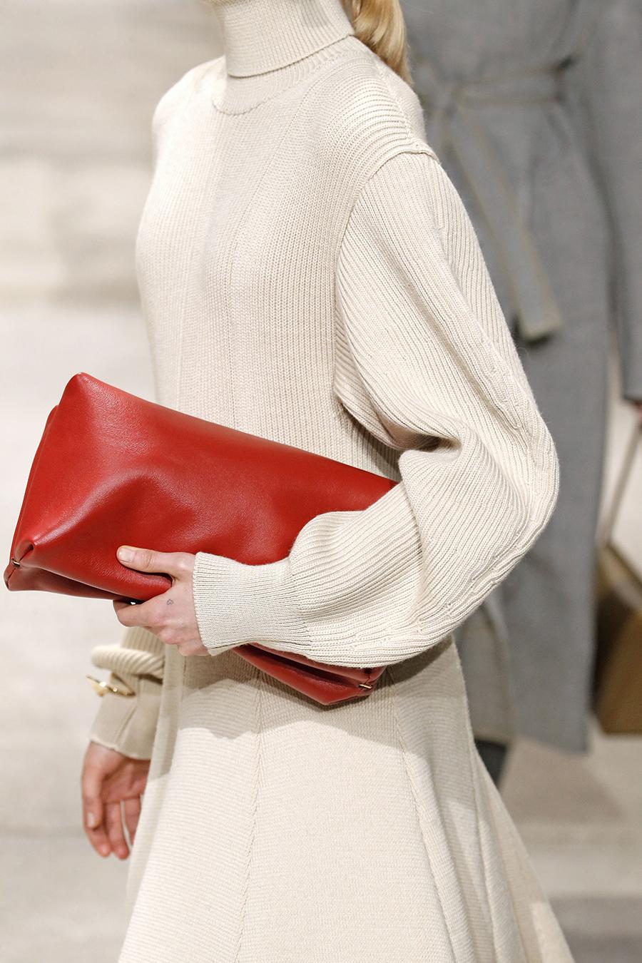 модная сумка мягкий большой клатч осень зима 2020 2021 красная