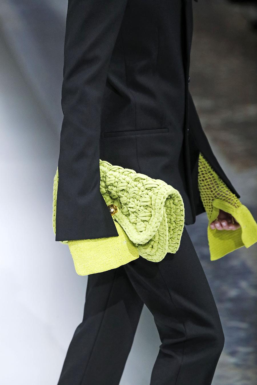 модная вязаная макраме осень зима 2020 2021 салатовая неон