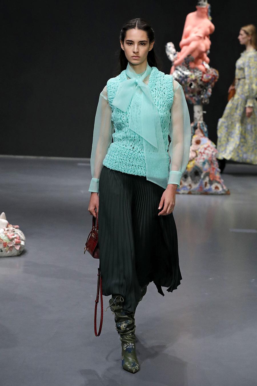 модный трикотажный вязаный жилет ажурный узкий мятный