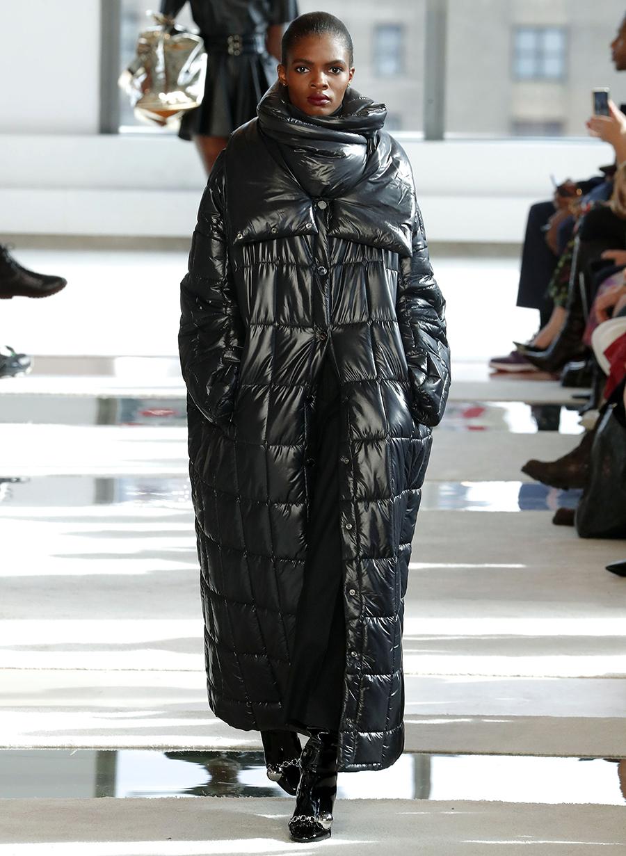 модный пуховик оверсайз зима 2020 2021 черный