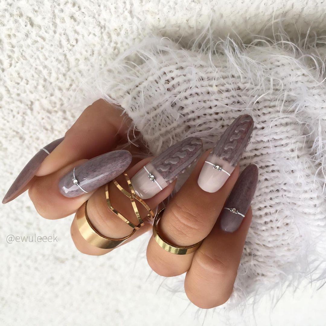 маникюр зима 2020 на длинные ногти на новый год вязаный свитер матовый тацп серый бежевый нежный нейл-арт нейл-дизайн