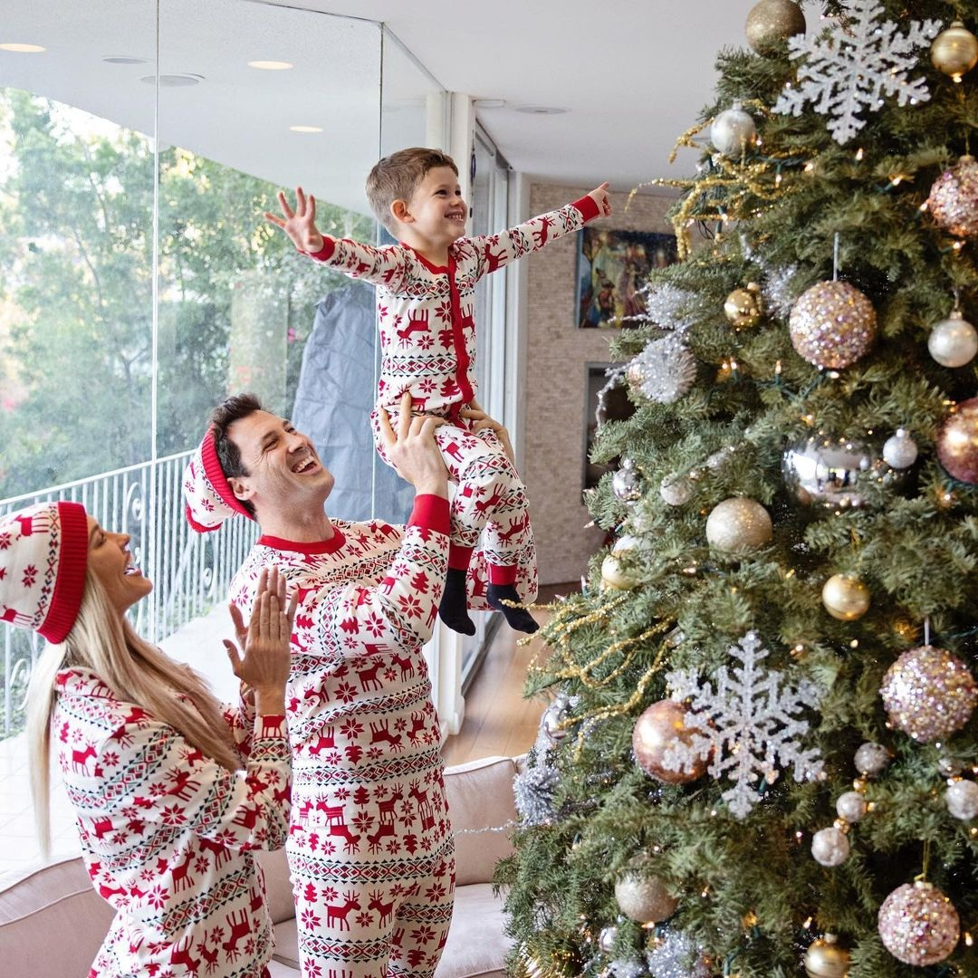 холостяк максим чмерковский жена пета маргатройд сын шай рождество елка новый год 2021