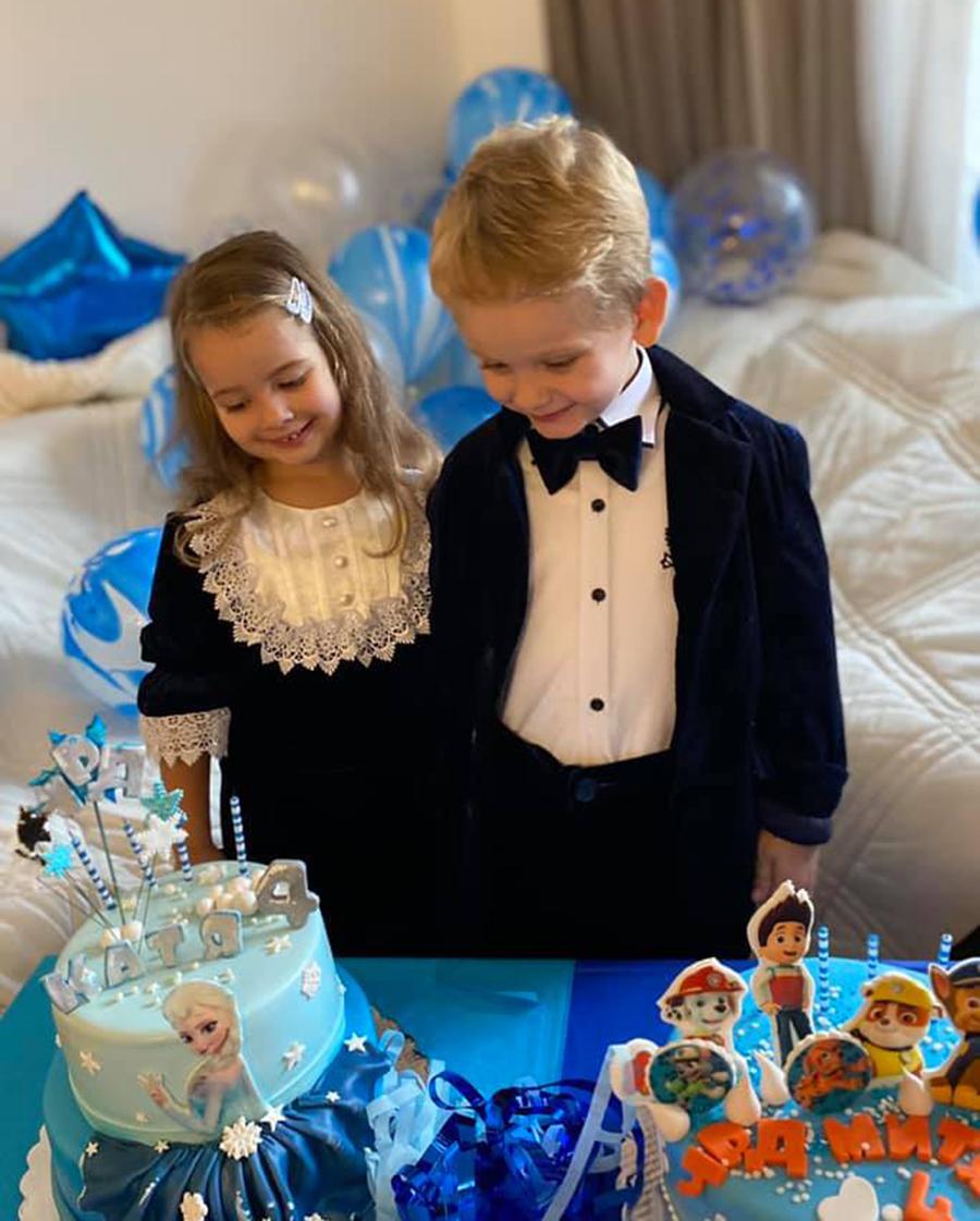 катя бужинская дети близнецы сын дочь день рождения
