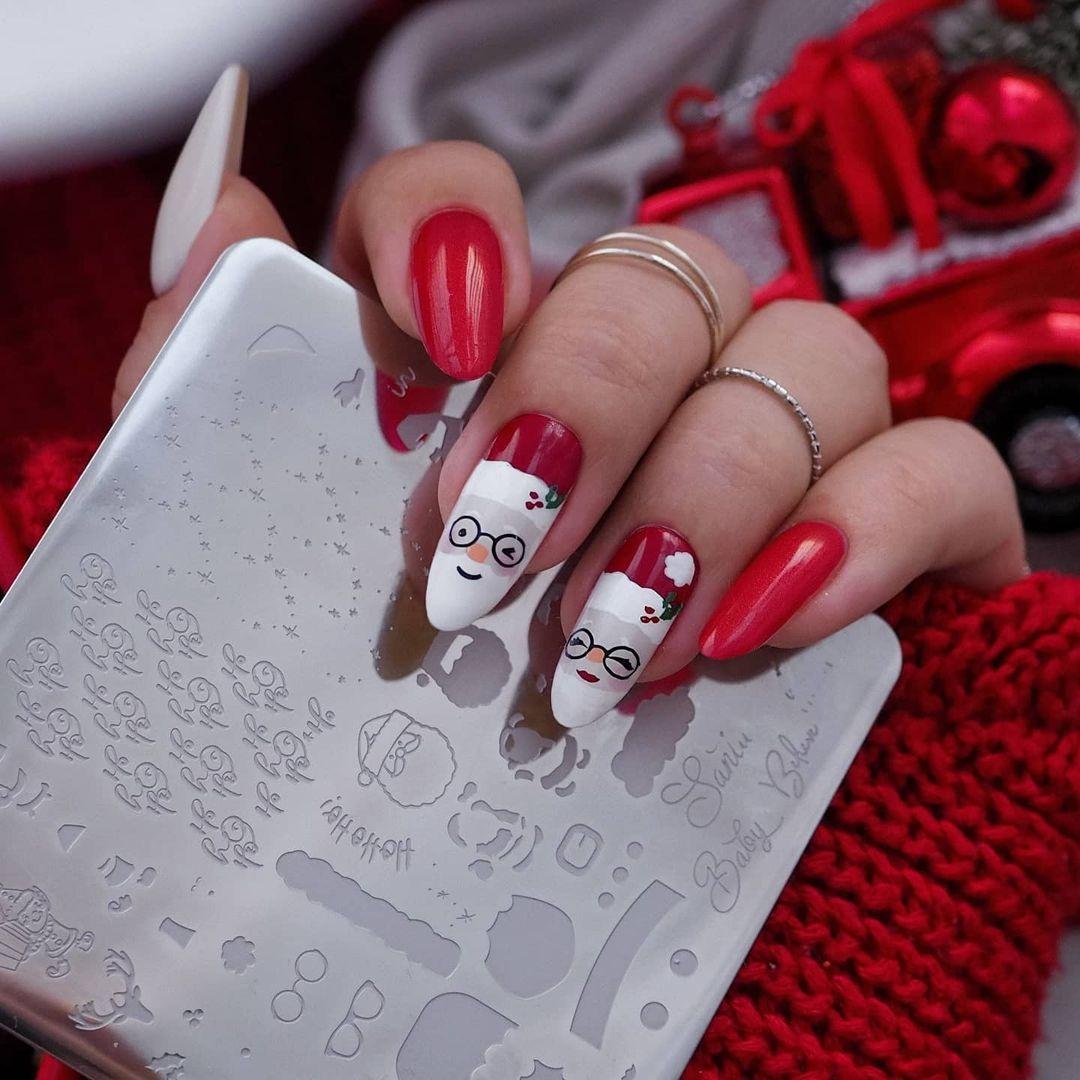 новогодний маникюр 2021 новый год дизайн рисунки дед мороз санта клаус снежинки красный белый