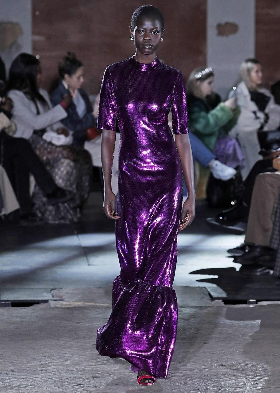 платье пайетки длинное фиолетовое что надеть на новый год 2021