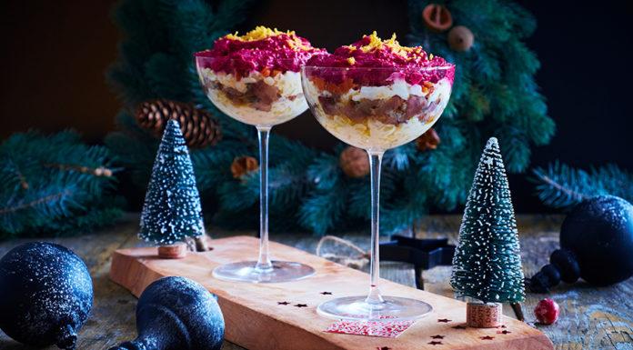 салат шуба в стаканчиках