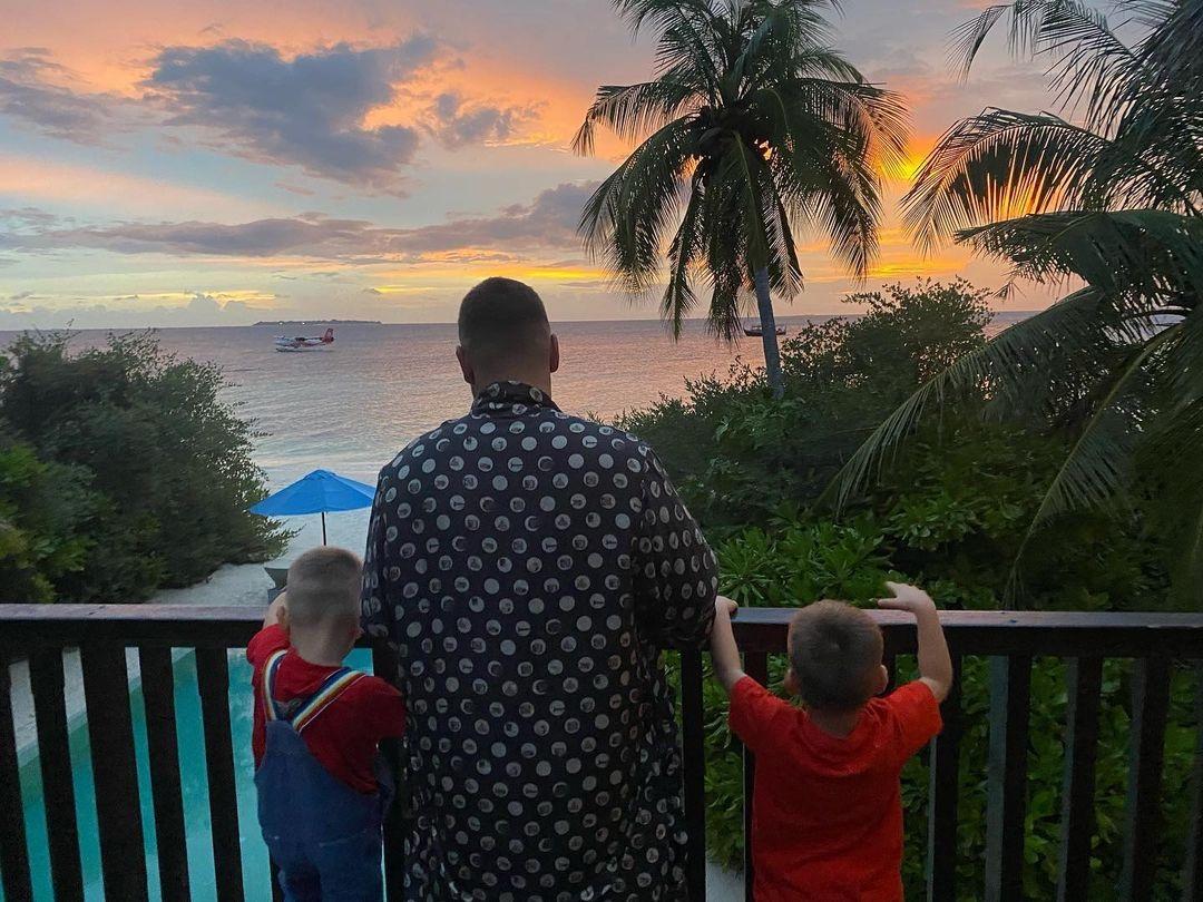 украинские звезды отдых новый год 2021 рождество отпуск путешествие Дмитрий монатик жена дети