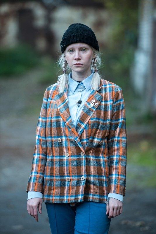 Вика Топчай альбинос пацанка