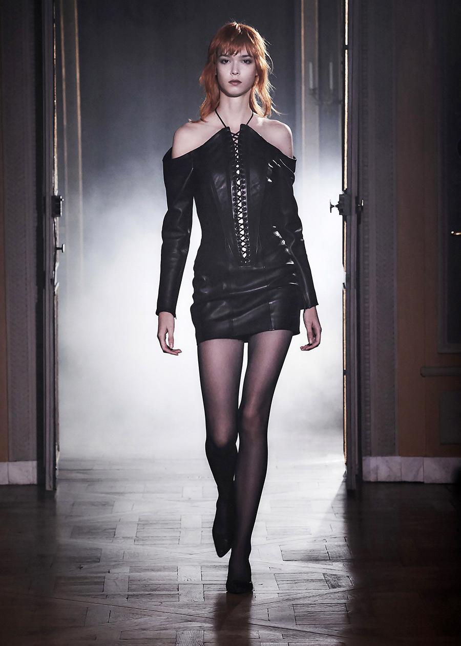 что надеть день влюбленных валентина платье кожаное мини черное