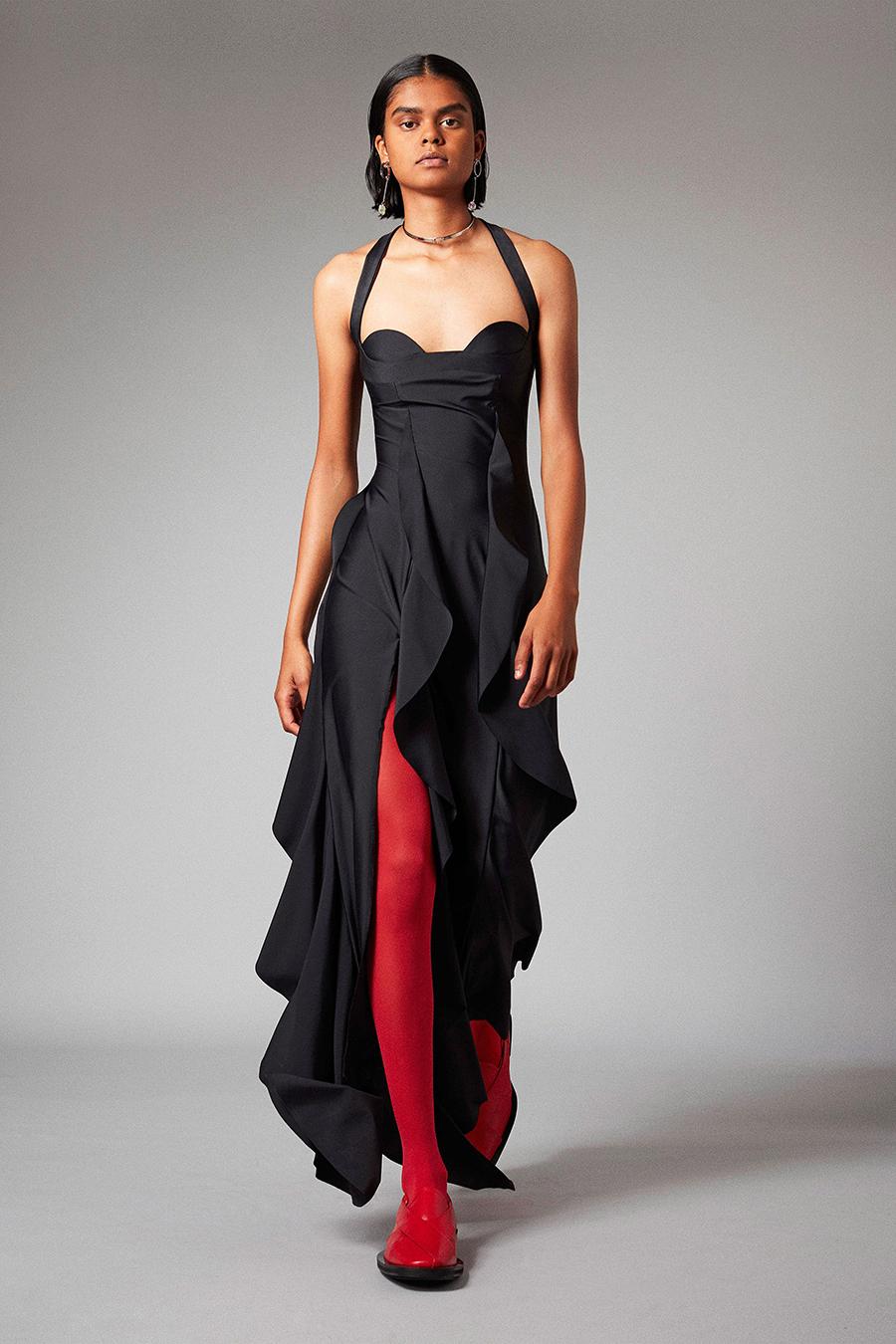 что надеть день влюбленных валентина платье оборки миди черное