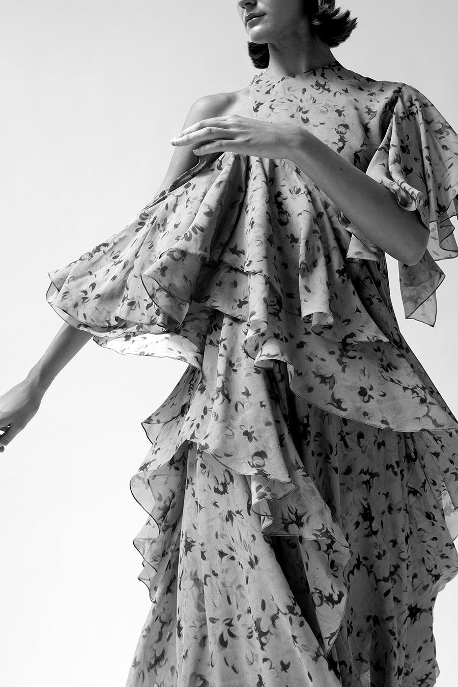 что надеть день влюбленных валентина платье оборки миди