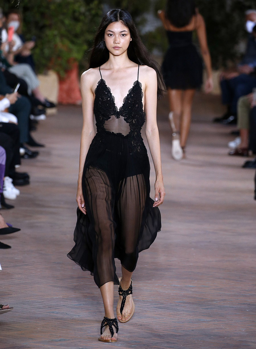 что надеть день влюбленных валентина платье прозрачное черное миди