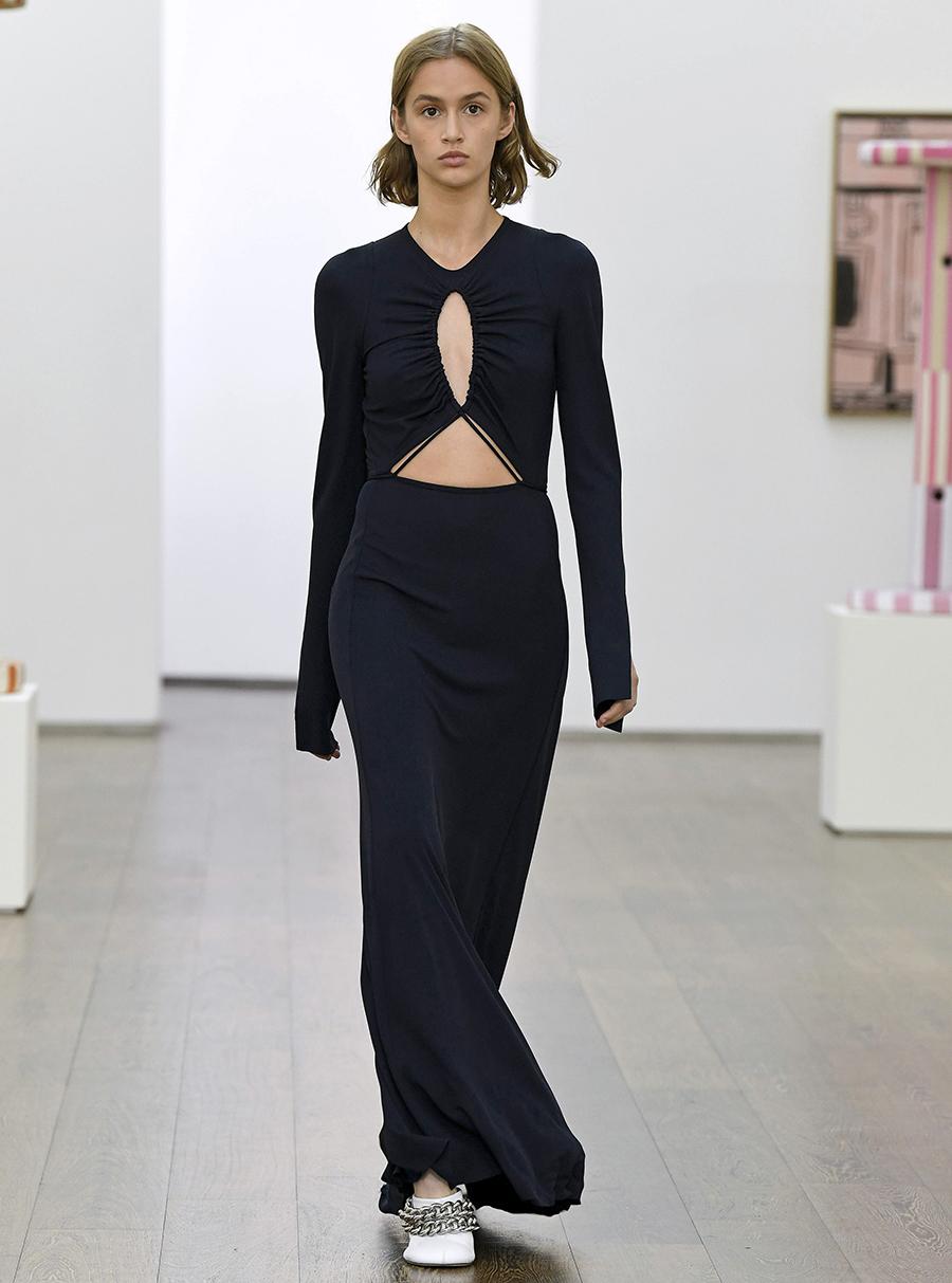 что надеть день влюбленных валентина платье с вырезами черное длинное