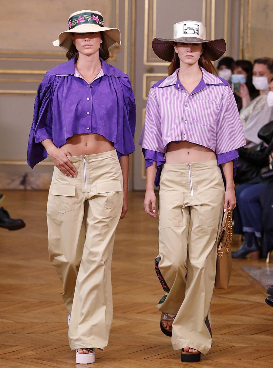 модная блуза блузка рубашка короткая кроп открытый живот сиреневая фиолетовая в полоску полосатая
