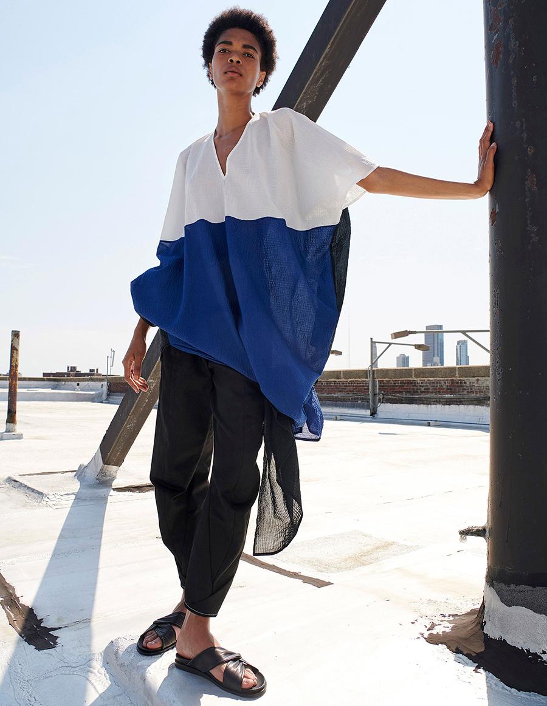 модная блуза блузка рубашка оверсайз длинная синяя белая