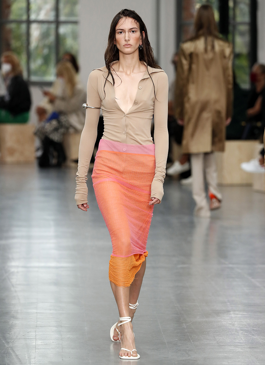 модная блуза блузка рубашка трикотажная поло бежевая