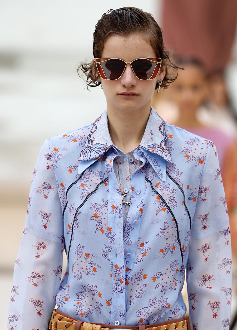 модная блуза блузка рубашка оборки принты 70-х голубая цветы