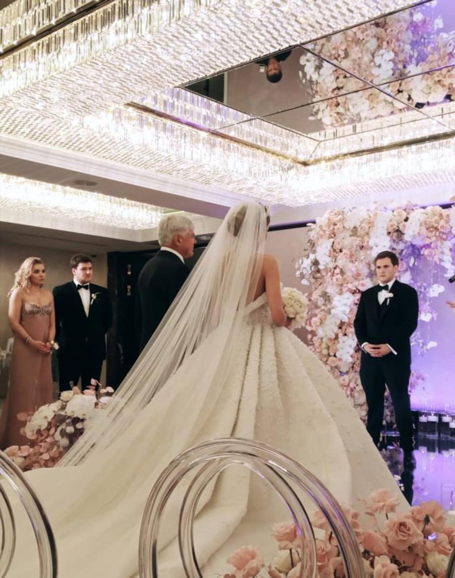 ассоль катя гуменюк свадьба свадебное платье пышное белое украинские звезды в чем выходят замуж