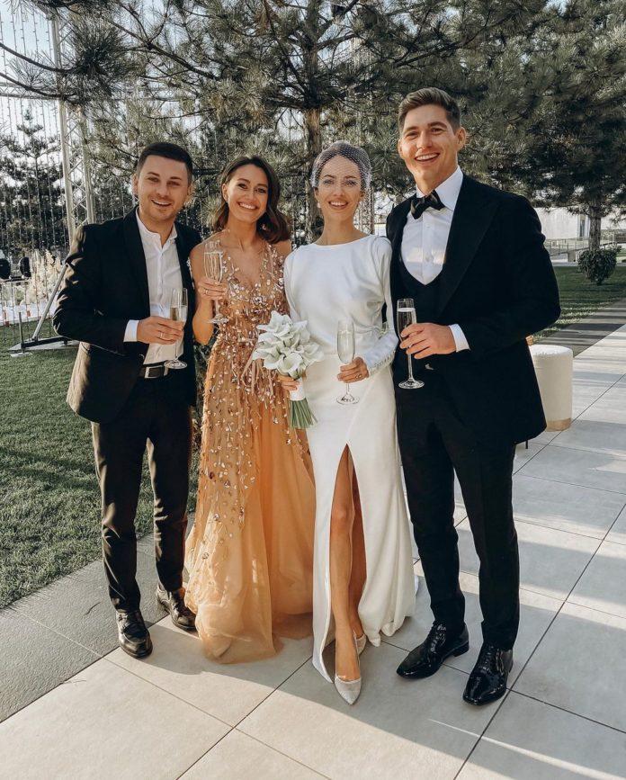 Кристина Горняк Владимир Остапчук свадьба свадебное платье минимализм белое простое с разрезом украинские звезды в чем выходят замуж