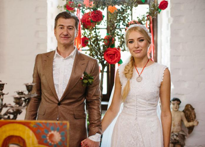 ольга горбачева юрий никитин свадьба свадебное платье белое длинное украинское в национальном стиле украинские звезды в чем выходят замуж