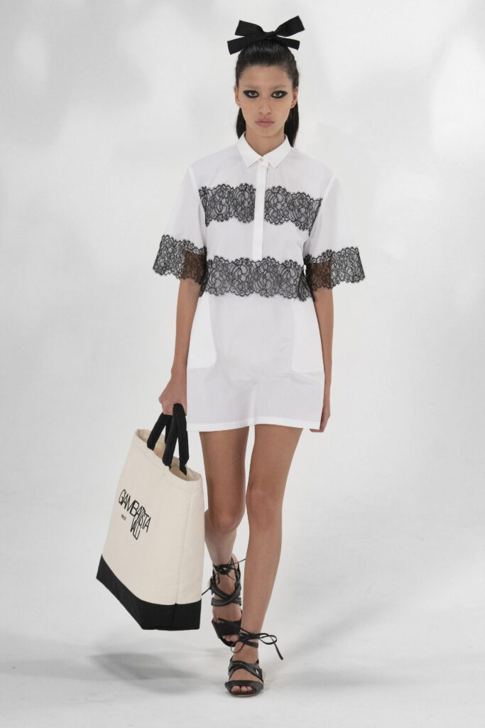 модная объемная большая белая черная сумка овесайз тоут шоппер