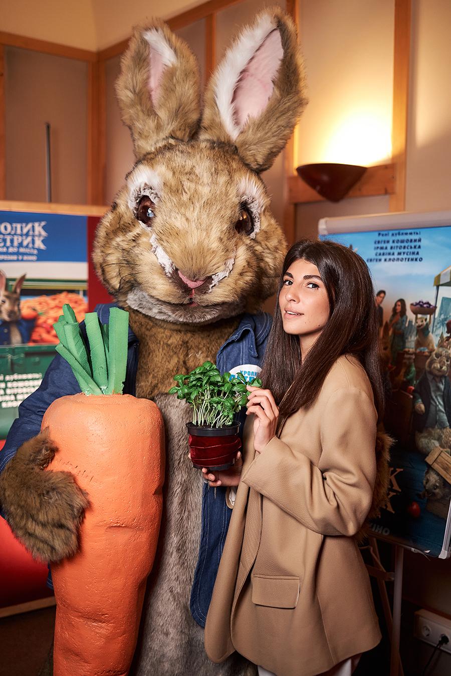 Сабина Мусина кролик петрик озвучка дубляж блогер G Bar