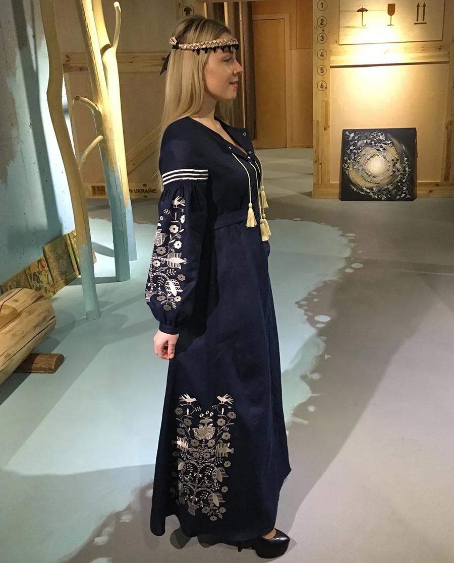 день вышиванки незалежНості независимости украинский бренд где купить платье вышитое синее черное золотое бежевое белое
