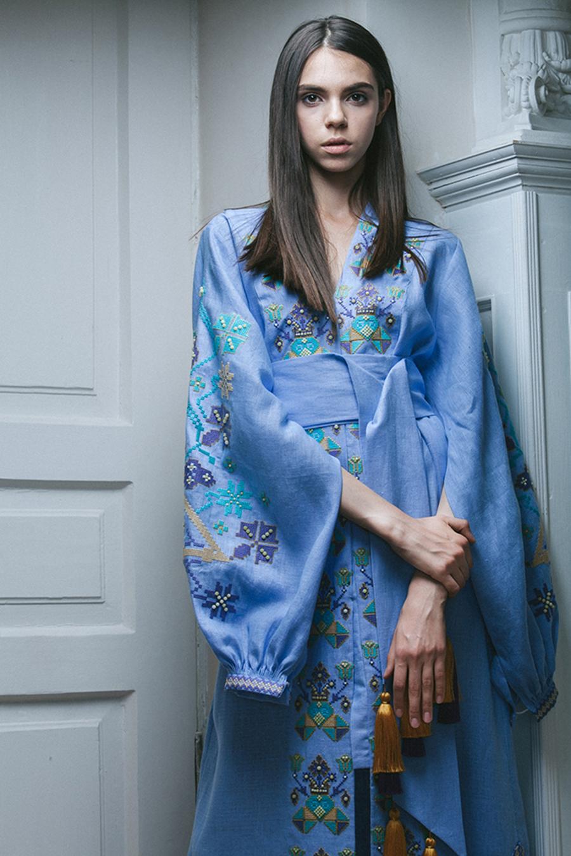 день вышиванки незалежНості независимости украинский бренд где купить платье вышитое голубое синее