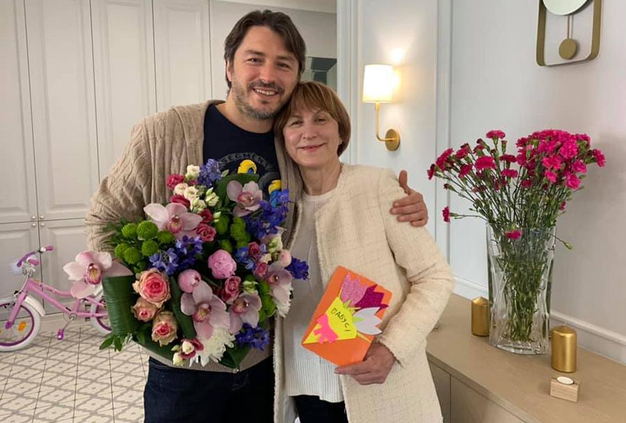 сергей притула день матери 2021 мать подарок