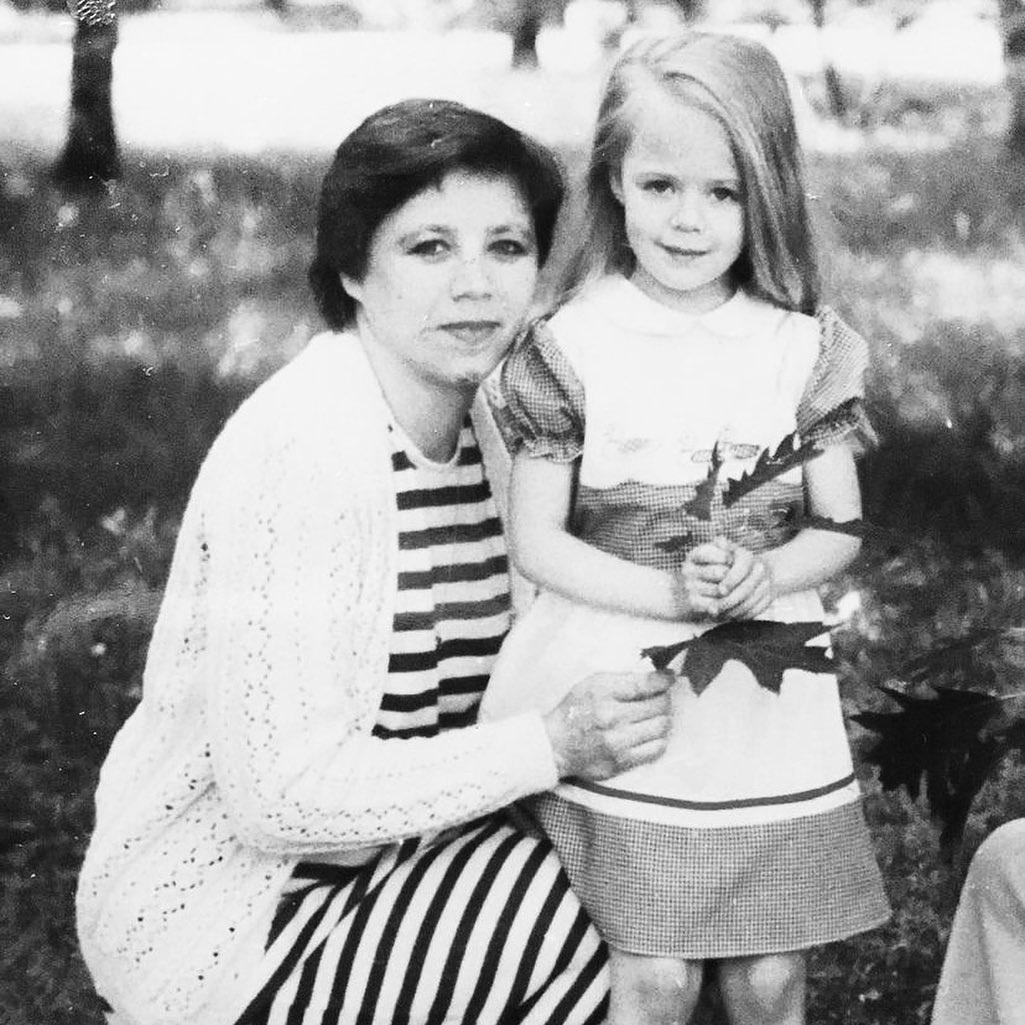 день матери украинские звезды как празднуют что дарят ONUKA Наталья Жижченко детское фото архив мать семья