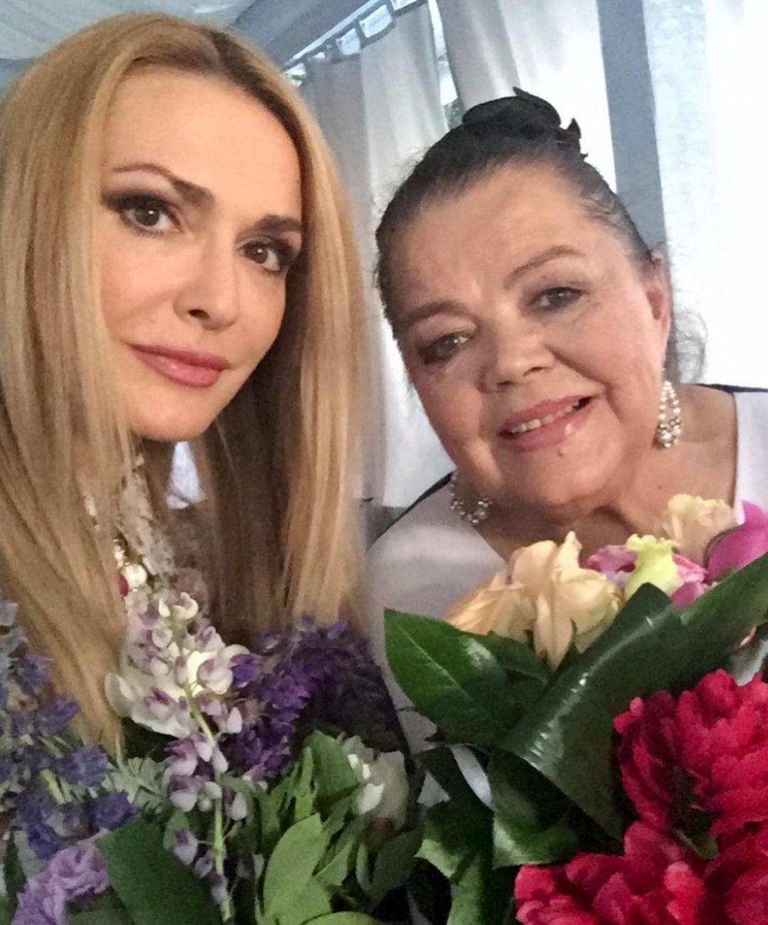 день матери украинские звезды как празднуют что дарят Ольга Сумская семья мать