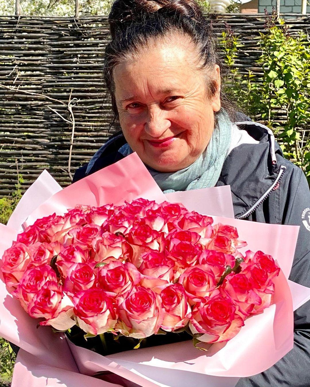 день матери украинские звезды как празднуют что дарят Лидия Таран семья мать