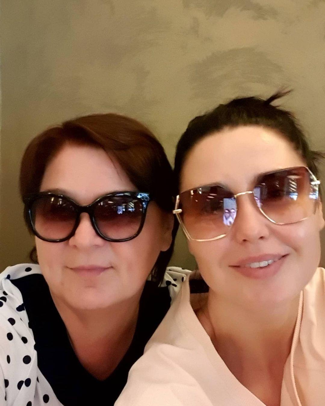 день матери украинские звезды как празднуют что дарят Людмила Барбир семья мать