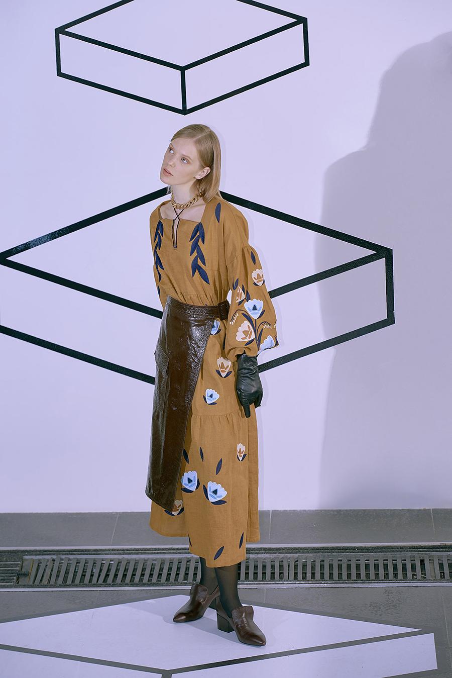 день вышиванки незалежНості независимости украинский бренд где купить коричневая горчичная необычнаясовременная минимализм