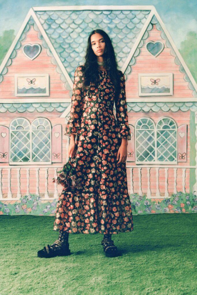 стиль бохо-шик 2021 платье миди цветочный принт