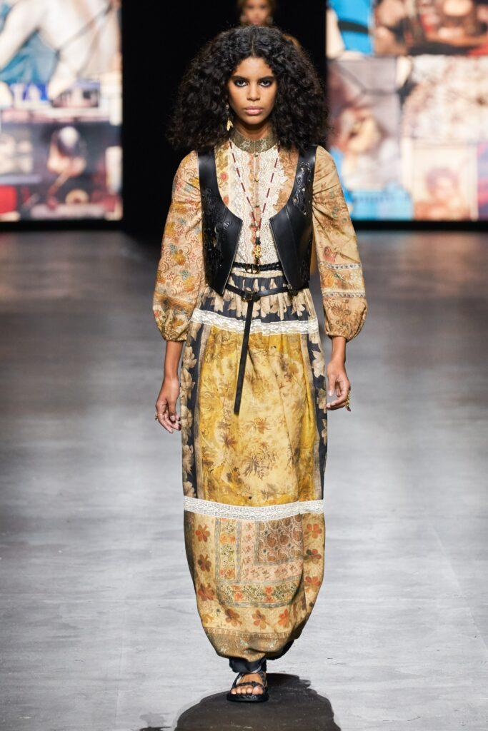 стиль бохо что такое мода лето 2021 как носить платье жилет принты диор