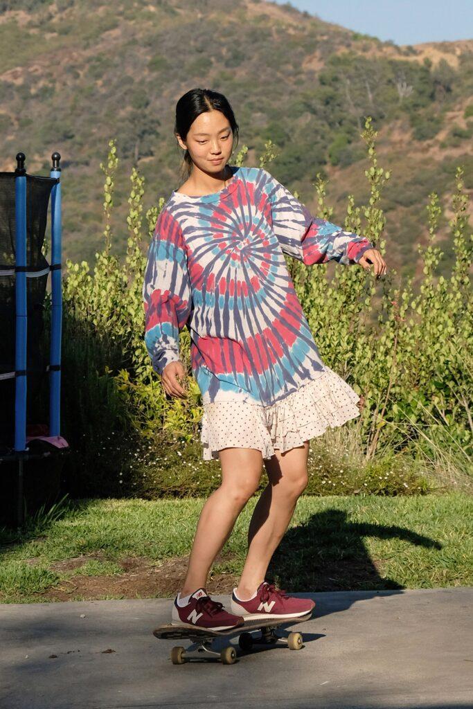 стиль бохо-шик 2021 платье принт тай дай короткое