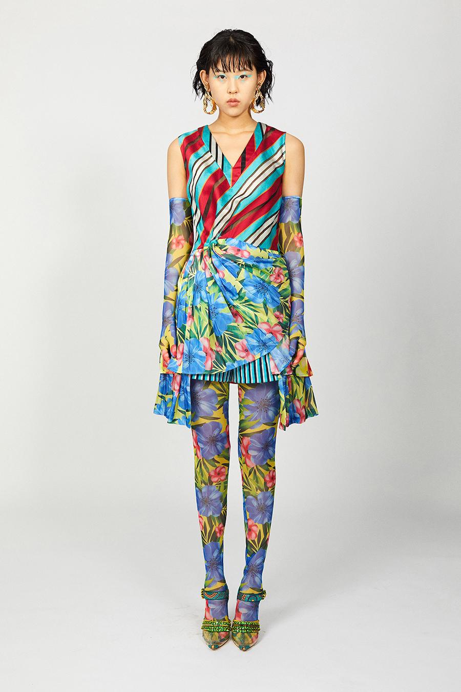 мини-платье модное лето 2021 короткое пэчворк