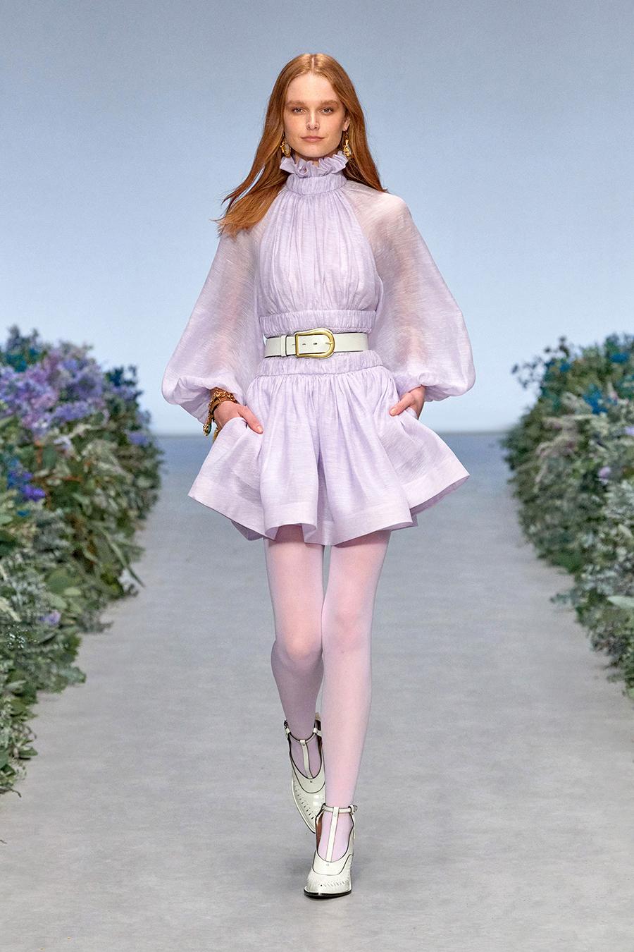 мини-платье модное лето 2021 короткое пышная юбка лавандовое