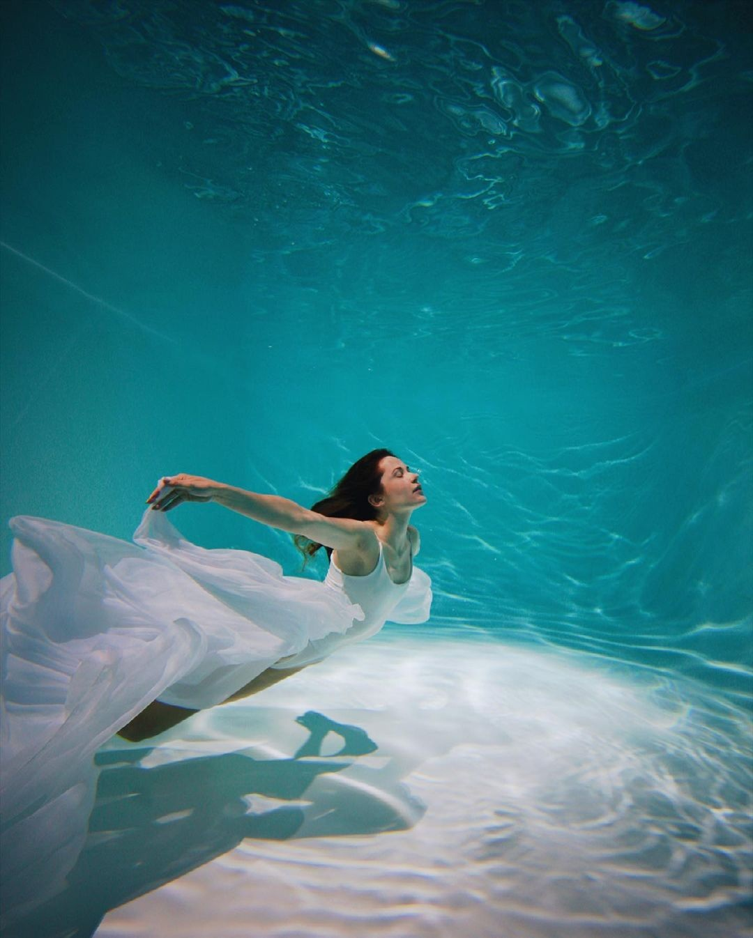 наталка денисенко крепостная фотосессия в купальнике под водой
