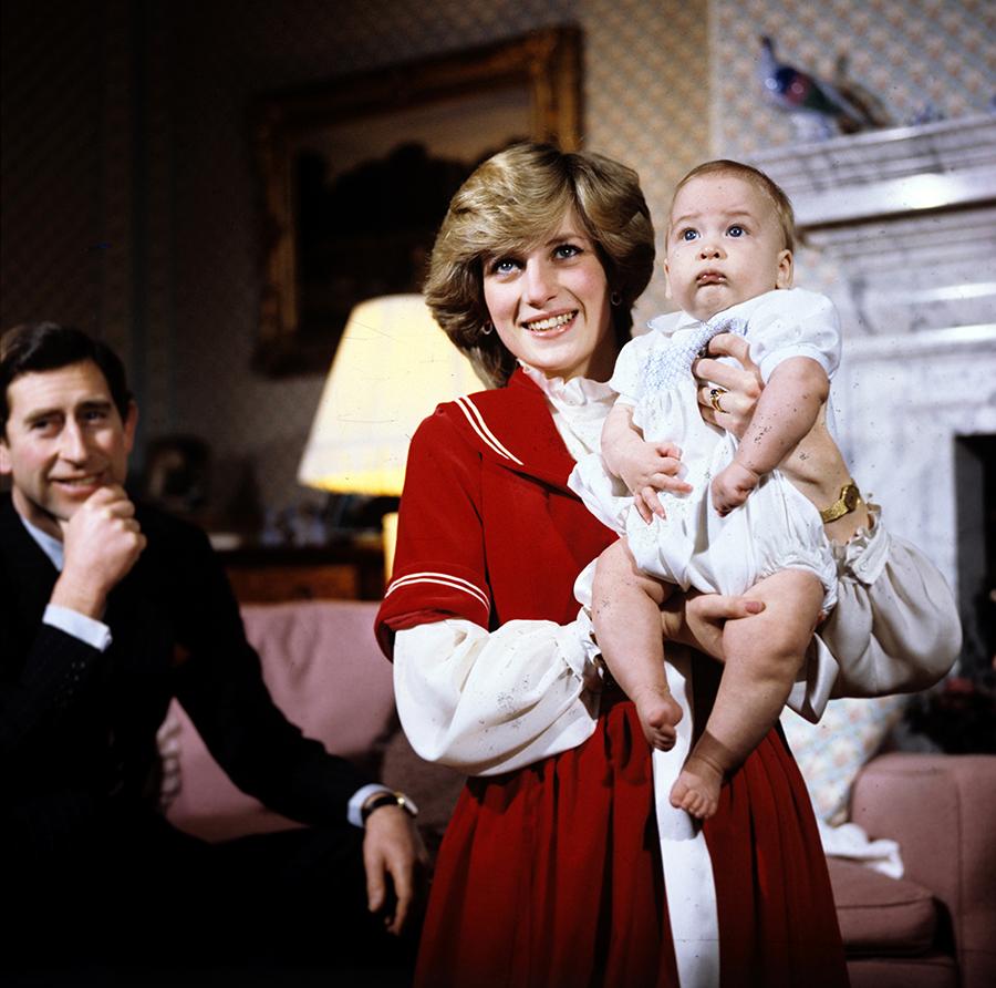 принц уильям день рождения детские фото принцесса диана принц чарльз королевская семья