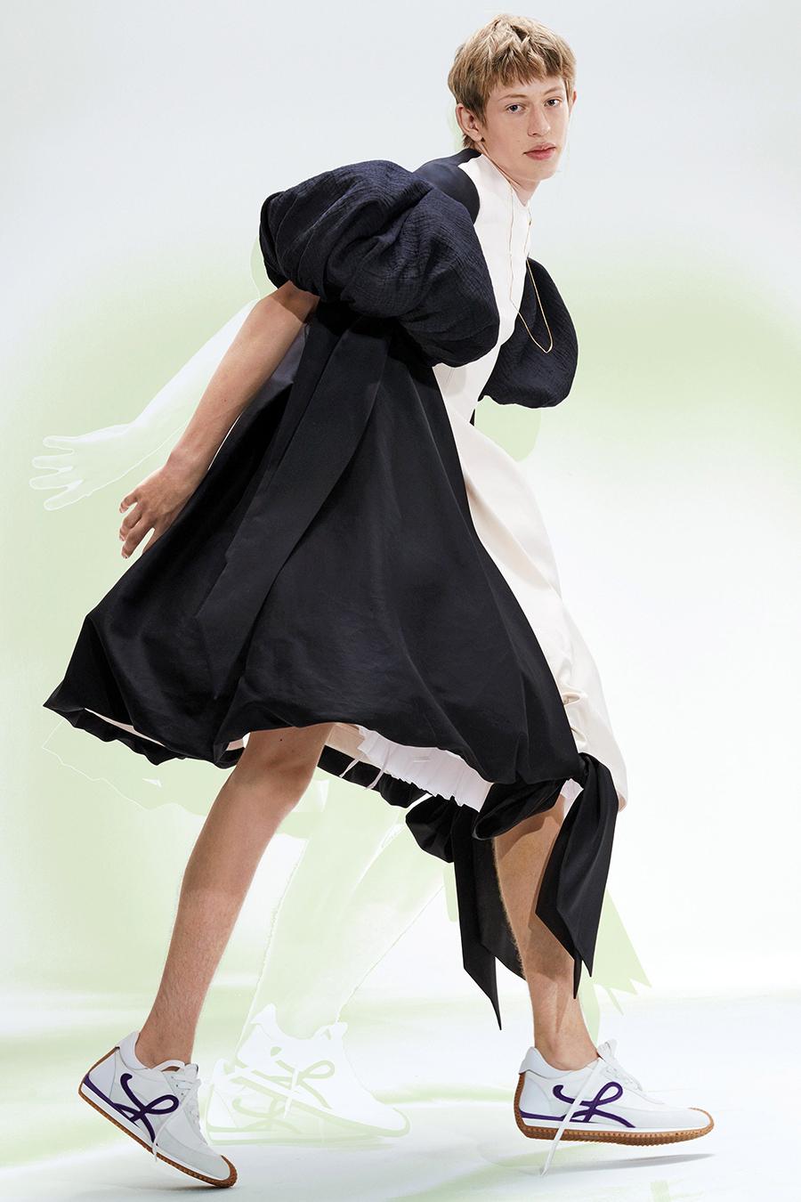 самые модные кроссовки кеды спортивные сандалии женские обувь лето 2021 белые с логотипом