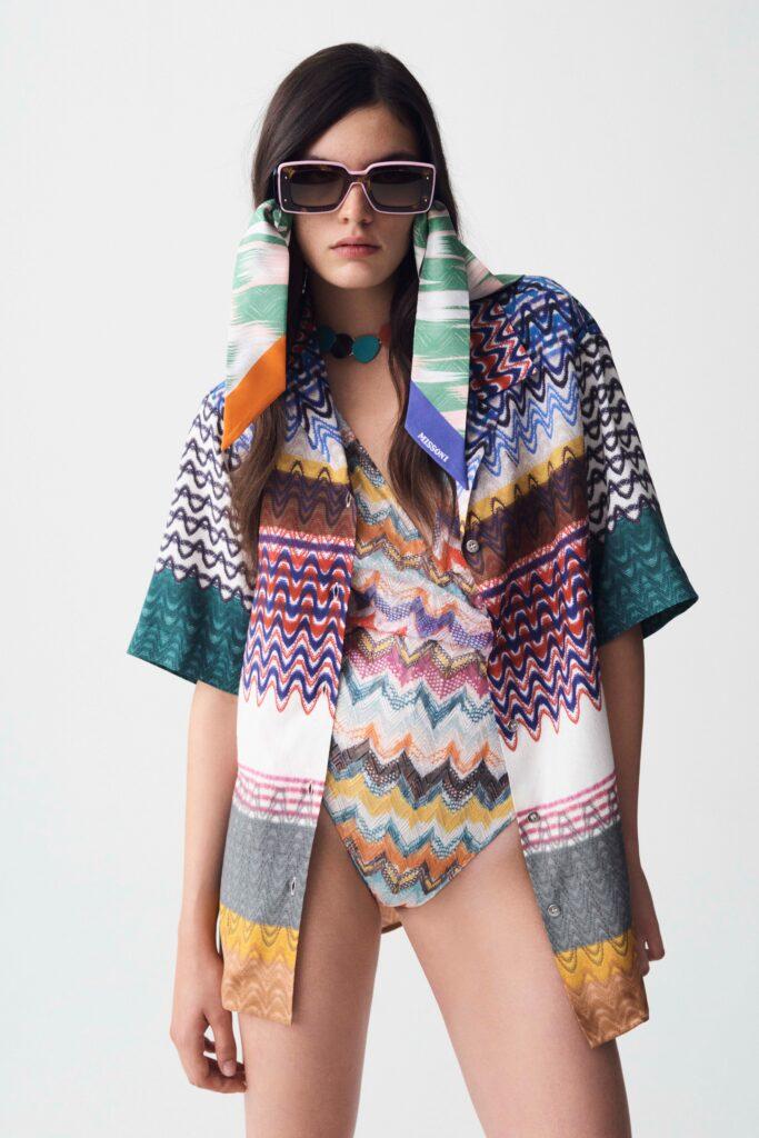 модная рубашка на лето 2021 маскулинная оверсайз принт короткий рукав