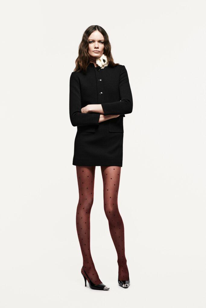 маленькое черное платье короткое мини узкое с длинным рукавом